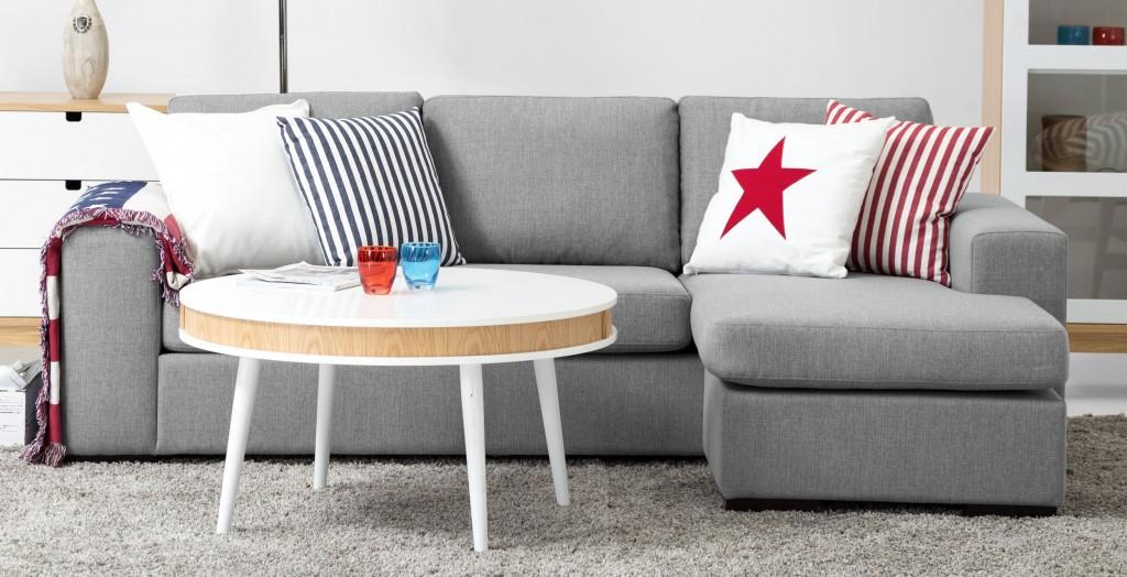 Liten-grå-soffa